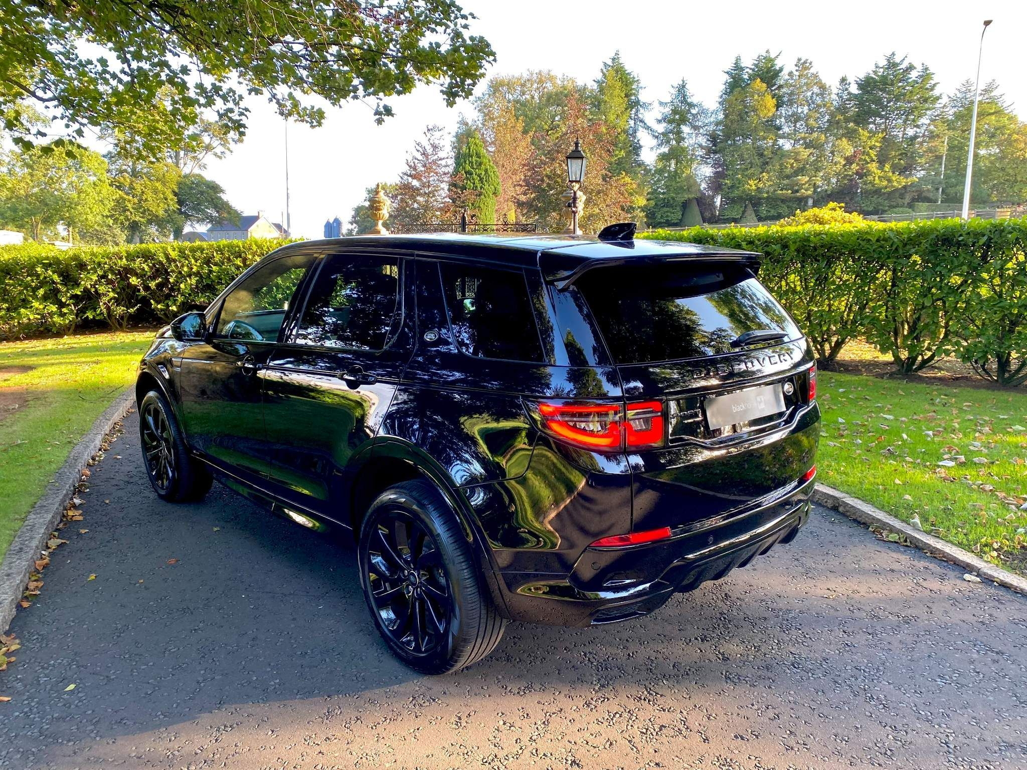 2020 Land Rover Discovery Sport 2.0 D180 MHEV R-Dynamic HSE 4WD (s/s) 5dr (7 Seat) Diesel Automatic – Moyway Motors Dungannon full