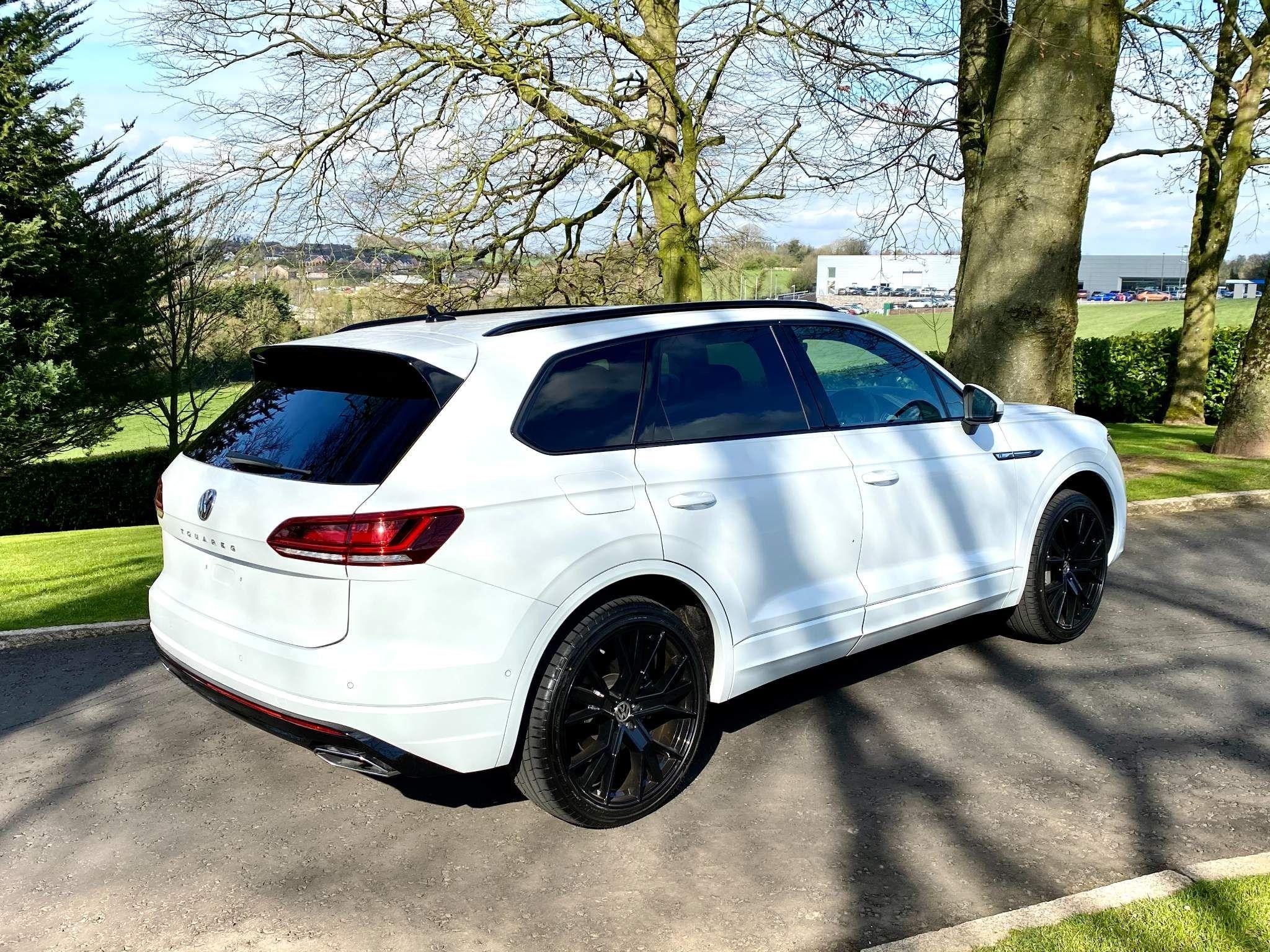 2019 Volkswagen Touareg 3.0 TDI V6 R-Line Tiptronic 4WD (s/s) 5dr Diesel Automatic – Moyway Motors Dungannon full