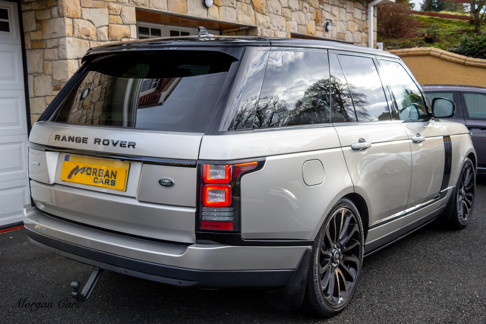 2015 Land Rover Range Rover 4.4 SDV8 AUTOBIOGRAPHY Diesel Automatic – Morgan Cars 9 Mound Road, Warrenpoint, Newry BT34 3LW, UK full