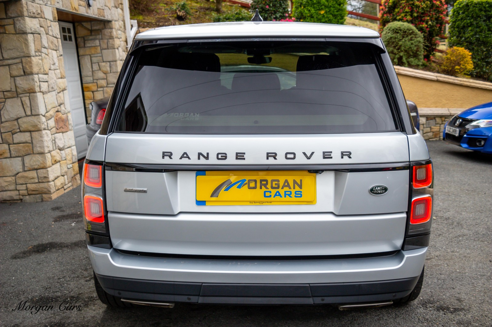 2018 Land Rover Range Rover 4.4 SDV8 AUTOBIOGRAPHY Diesel Automatic – Morgan Cars 9 Mound Road, Warrenpoint, Newry BT34 3LW, UK full