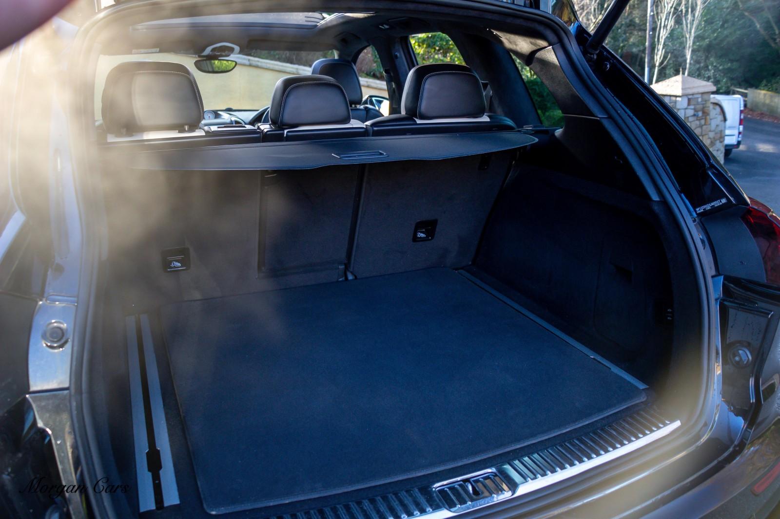 2017 Porsche Cayenne S D PLATINUM EDITION TIPTRONIC S Diesel Automatic – Morgan Cars 9 Mound Road, Warrenpoint, Newry BT34 3LW, UK full