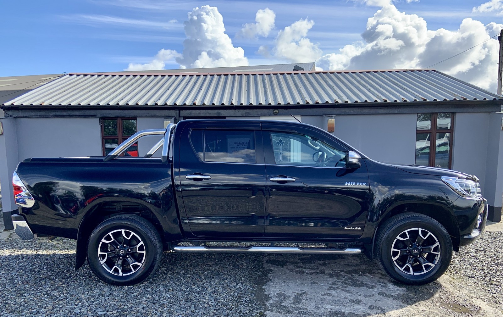 2017 Toyota Hilux INVINCIBLE X 4WD D-4D DCB Diesel Automatic – BC Autosales 17A Airfield Road, Eglinton, Londonderry BT47 3PZ, UK full
