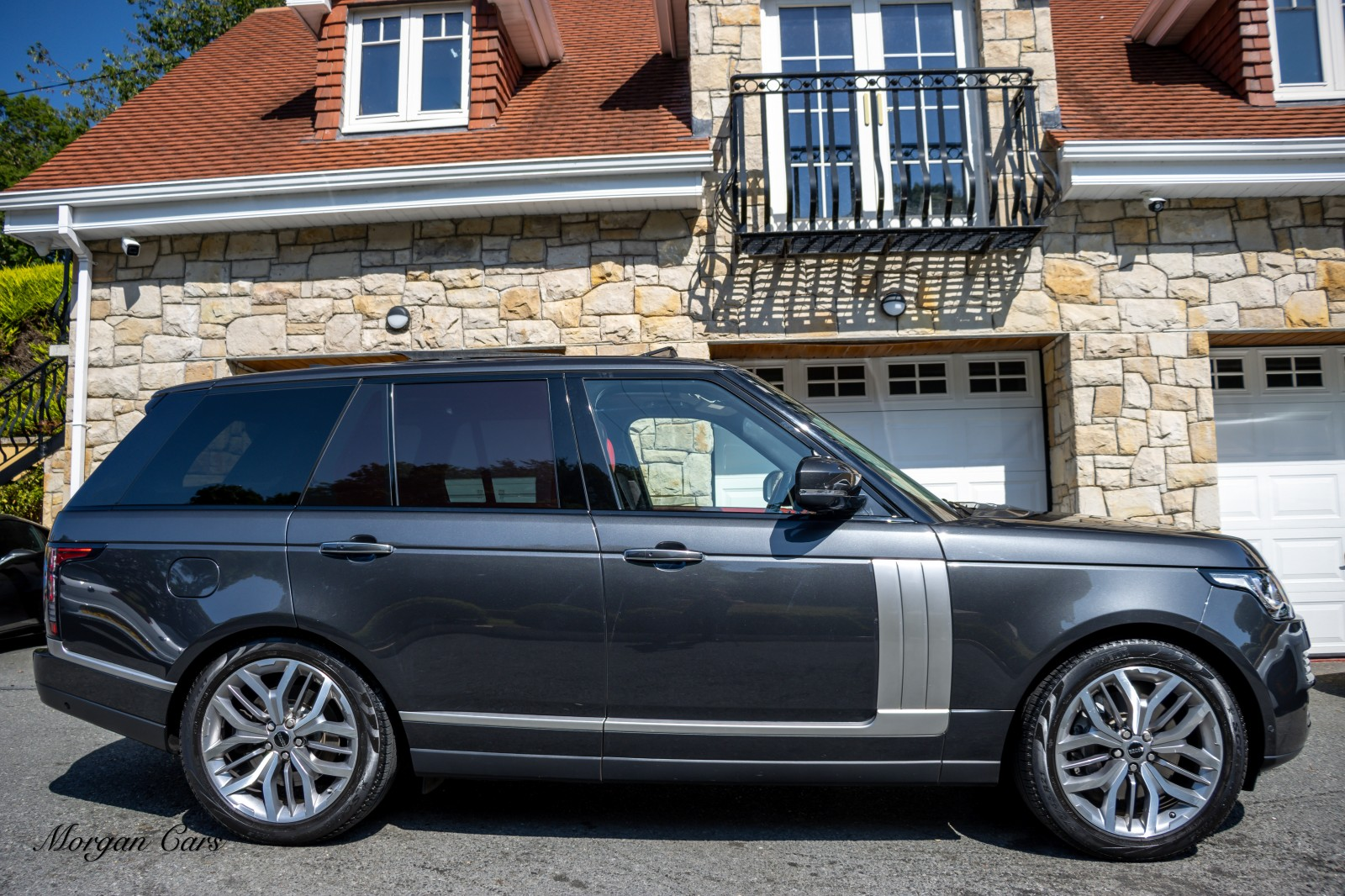 2017 Land Rover Range Rover 4.4 SDV8 AUTOBIOGRAPHY Diesel Automatic – Morgan Cars 9 Mound Road, Warrenpoint, Newry BT34 3LW, UK full