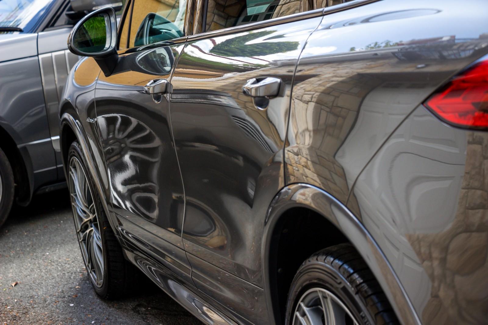 2015 Porsche Cayenne 3.0D V6 TIPTRONIC S Diesel Automatic – Morgan Cars 9 Mound Road, Warrenpoint, Newry BT34 3LW, UK full